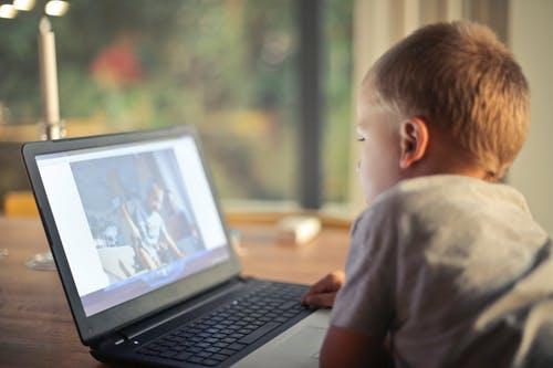 Ψηφιακή όραση για τα παιδιά της ψηφιακής εποχής